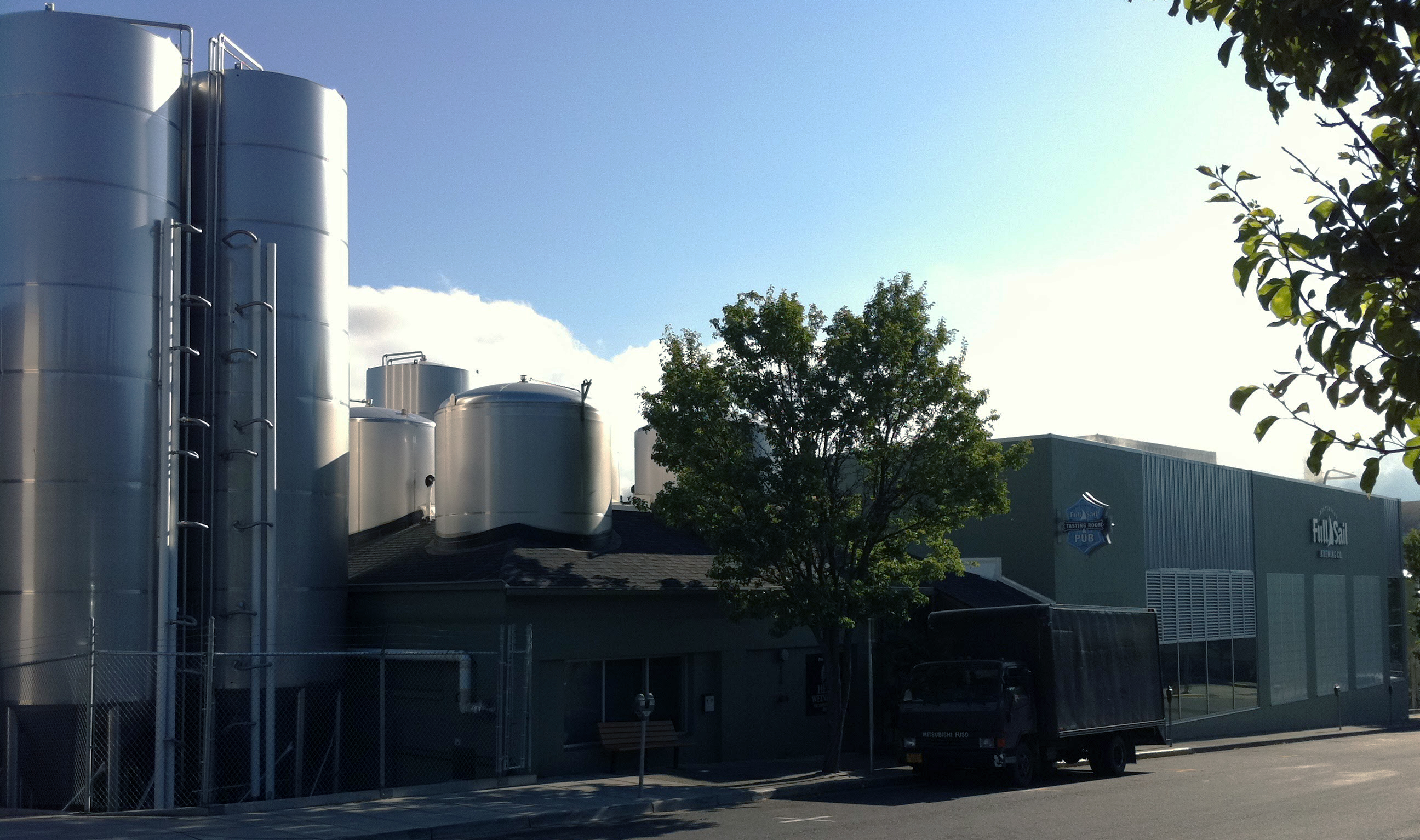 Full Sail Brewery Tour Hood River Oregon